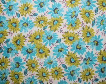 Flowers, Sewing, Quilting, Daisies, Fabric, Cotton Fabric, Quilting Fabric, Sewing Fabric, Fabric Traditions, Green and Blue Daisies