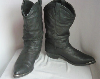 Womens 80s Slouchy Western Ankle Boots/ size 6 .5 Eur 37 Uk 4 / Black  Leather Biker METAL TOE / Rockabilly Urban Cowboy Flats