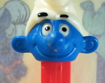 Vintage / Smurf Boy PEZ Candy Dispenser / (C) Peyo 1986 / 3.9 Stem / First Series