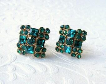 Emerald Christmas Green Rhinestone Earrings Vintage Costume Jewelry Gold Screw Back Formal Ballroom Pageant Prom Wedding Bridesmaid