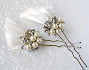 Mother of Pearl Wedding Hair Comb MOP Shell Rhinestone Pearls Vintage Jewelry Bridal Hairpiece Jeweled Headpiece Bohemian Chic Beach Bride
