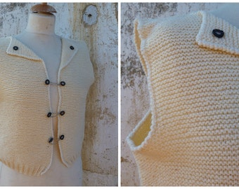 Vintage 1970/70s Tyrol trachten Folk cream hand  knitted vest cardigan dirndl size S/M
