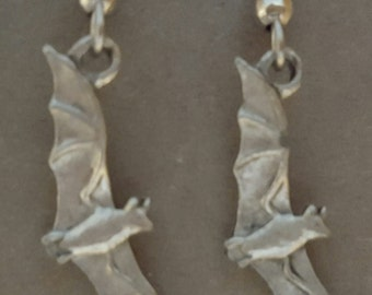Open Wing Bat Earrings Small Pewter