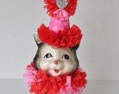 Valentine's Day Decoration Vintage Cat Figurine Valentine Ornament  Valentine gift TVAT.