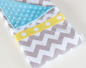 Baby Blanket, Simple Patchwork Blanket, Grey and White Chevron with Turquoise Minky (3)