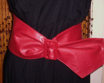 Vintage 1980's Womens Red Leather Wide Belt