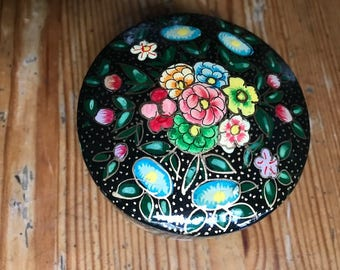 "Paper Mache box India 3"" x 1 1/2"" beautiful colorful"