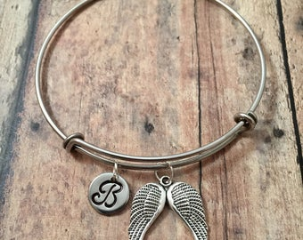 Angel wings initial bangle - wings bracelet, memorial jewelry, angel wings jewelry, double angel wings bracelet, religious jewelry