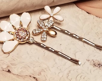 White Flower Metal Hair bobby Pins