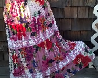 Broomstick Tiered Skirt, Gauze All Cotton with lace, Tie Dye,  Peasant Boho, Vintage 90s Angie sz M