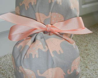 CHOOSE RIBBON COLOR Turn Up Ponytail Scrub Hat with Peach Elephants on Gray
