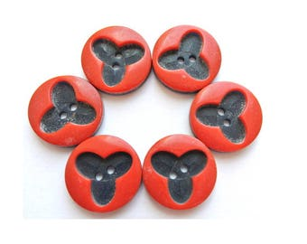 6 Vintage flowers buttons plastic 20mm, red with blue