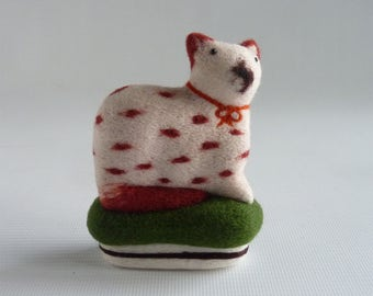 Needle felted Staffordshire cat by Gretel Parker