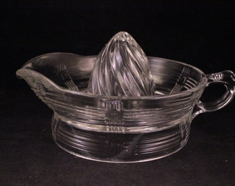 Vintage Clear Glass Pour Style Juicer