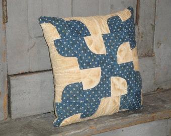 Vintage Quilt Pillow | Antique Quilt Pillow | Old Quilt Pillow | Old Blue Quilt Pillow | Primitive Pillow