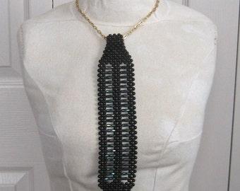 Vintage black pearl tie . black pearl tie necklace . 60 pearl tie necklace