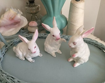 Vintage Napco Bunny Rabbit Figure Set of 3