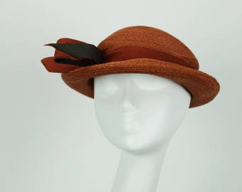 Vintage 1930s Hat NOS NWT Rust Curled Brim Style Sz 22.5