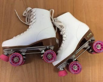 Vintage White Roller Skates with Pink Wheels Sz 8