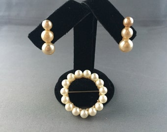 Vintage Faux Pearl Round Brooch Pin and Screw Back Earrings Gold Tone Wedding Bridal Mother of the Bride Holiday Party