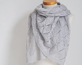 Lace knitted shawl, soft grey,  P514