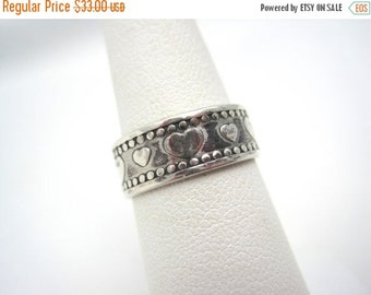 SALE Vintage Sterling Silver Sweetheart Ring - Silver Heart Band