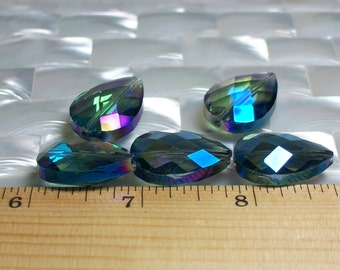 5pcs Large 24 by 17mm Flat Teardrop Briolette Chinese Crystal Glass beads Faceted Meridian Green color Jewelry Jewellery Craft Supplies