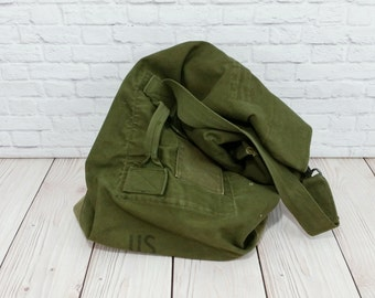 Vintage Canvas Military Olive Green Duffel Bag