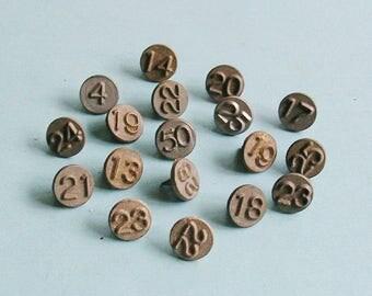 5 Vintage Metal Numbered Tacks Steampunk DIY Jewelry Tacks