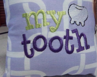 1025 1015  Lavender and White Tooth Fairy Pillow