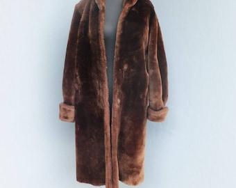 Vintage Fur, Laskin Mouton Dyed Lamb Fur Coat, Robert Wallace Furs Exclusive, Rich Chocolate Brown MOUTON Fur, Full Length