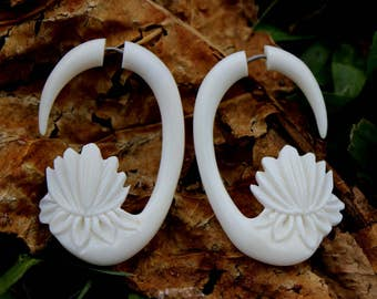 Fake Gauge Earrings - hand made,tribal style,bone,naturally,fake piercings,organic