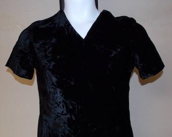 Vintage 50s black velvet v neck short sleeve dress Teena Paige 13 back metal zipper flared
