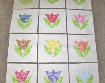 """Set of 12  Beautiful 30's Style Reproduction Tulips   6"""" x 6""""  Cotton Quilt Blocks"""