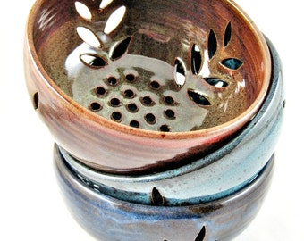 Pottery fruit bowl, ceramic berry bowl, modern home decor - In stock