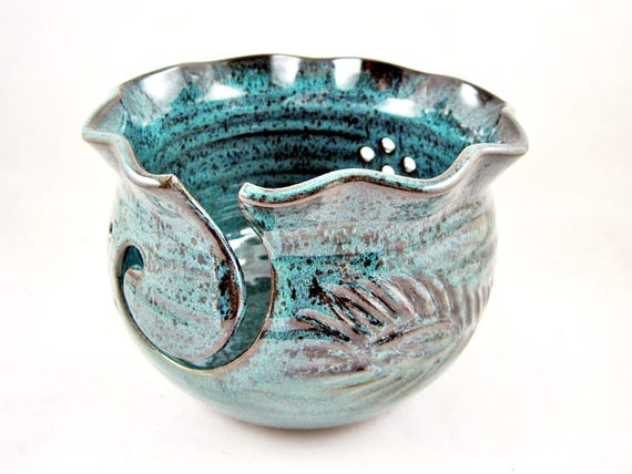 Yarn Bowl, pottery yarn bowl, knitting bowl - In stock