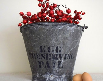Vintage Farmhouse Chicken Egg Gathering Metal Galvanized Bucket with Advertising Egg Preserving Pail