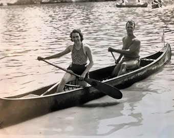 Vintage Photograph Couple in a Canoe 8 x 9-3/4 Dayton Ohio Commercial Photographer for Newspaper