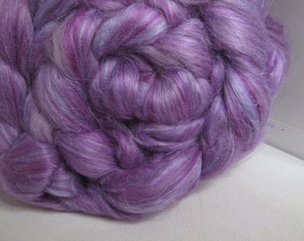 SALE Flax/BFL/Mulberry Silk 33/33/33 Combed Top - 5oz - Lilac