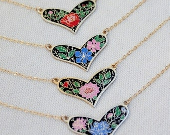 Heart Pendant Necklace, Vintage Heart Necklace, Cloisonne Enamel Heart Pendant, Gold Heart Necklaces, Colorful Jewelry, Unique Jewelry, Gift