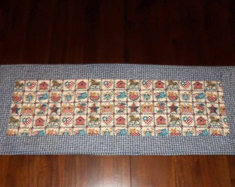 Americana Patrotic, Quilted Table Runner, Dining Table Decor, Fabric Centerpiece, 15x38 Inches, Machine Quilted, Country Table Topper