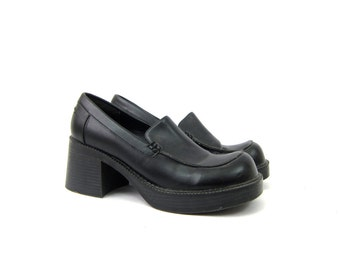 Black Loafers Slip Ons Modern Preppy Slippers Chunky Heels Basic Work Shoes Womens size 8.5
