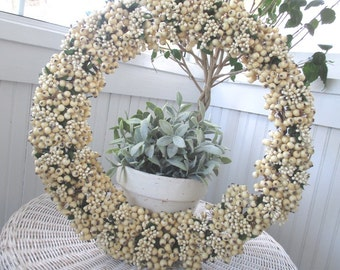 Vintage Berry Wreath * Holiday * Festive White * Restoration Hardware * Winterberry * Retired * HTF * Original Box