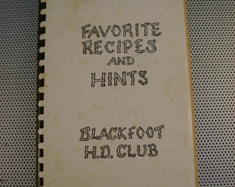 "Vintage 1940s ""Blackfoot Recipes and Hints"" American Indian Montana Softcover Cookbook"