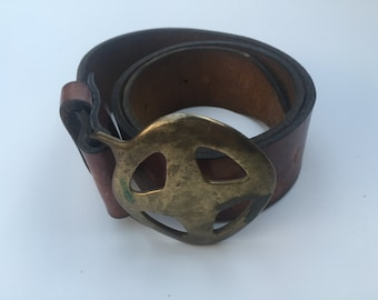 Retro 70's Leather Belt with Brass Buckle