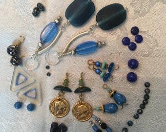 De-stash Assortment of Blue Beads