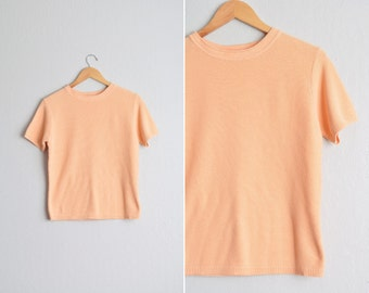 Size S/M // PEACH SWEATER TOP // Short Sleeve - Creamsicle - Knit Pullover - Vintage.