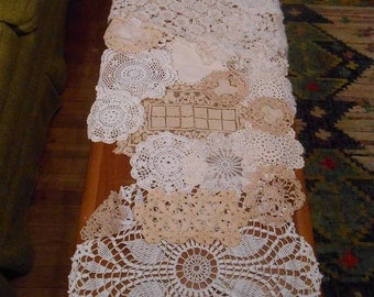 Vintage Crocheted Doilys Doilies--lot of 22