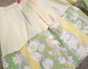 Vintage Yellow and Floral Print Cotton Half Apron Zig Zag and Pockets
