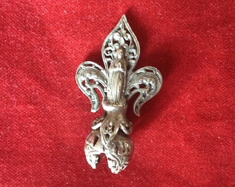Mary, antique french filligree fleur de lys component